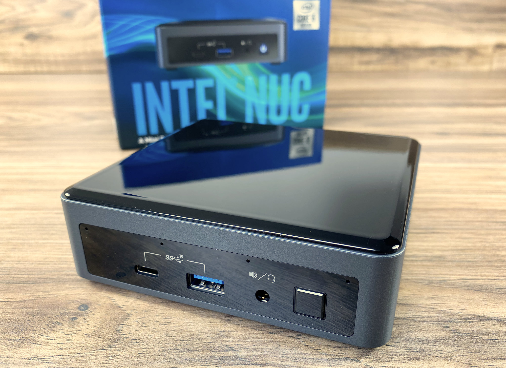 Die Intel NUC10i5FNK im Test mit Windows 10 als Office PC