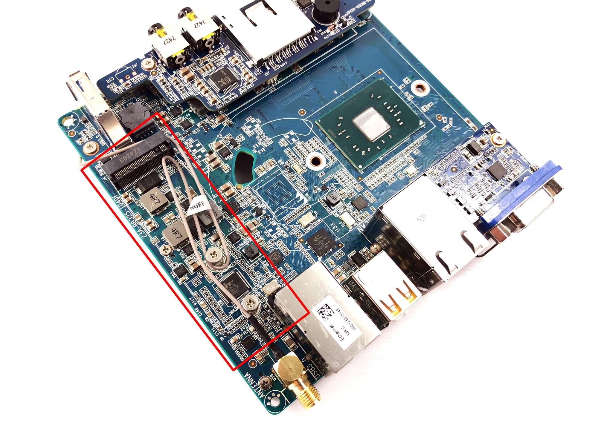 Zotac ZBOX CI327 nano im Test mit Windows 10 und LibreELEC